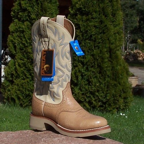 "Ariat Western-Boots ""Light Brown Shoulder/ Bone"""