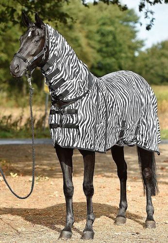 "Fly Sheet with Neck 135 ""Zebra Comfort"""