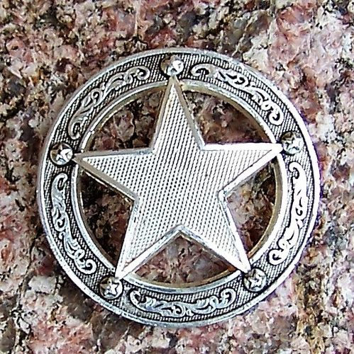 "Concho ""Silver Star in Circle"" Display Model in 1 1/2"""